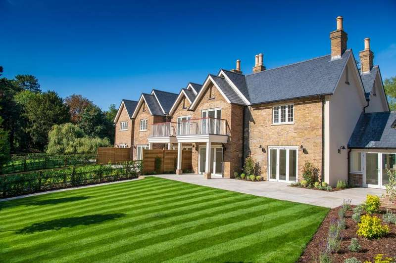 3 Bedrooms End Of Terrace House for sale in Taplow Riverside, Mill Lane, Taplow