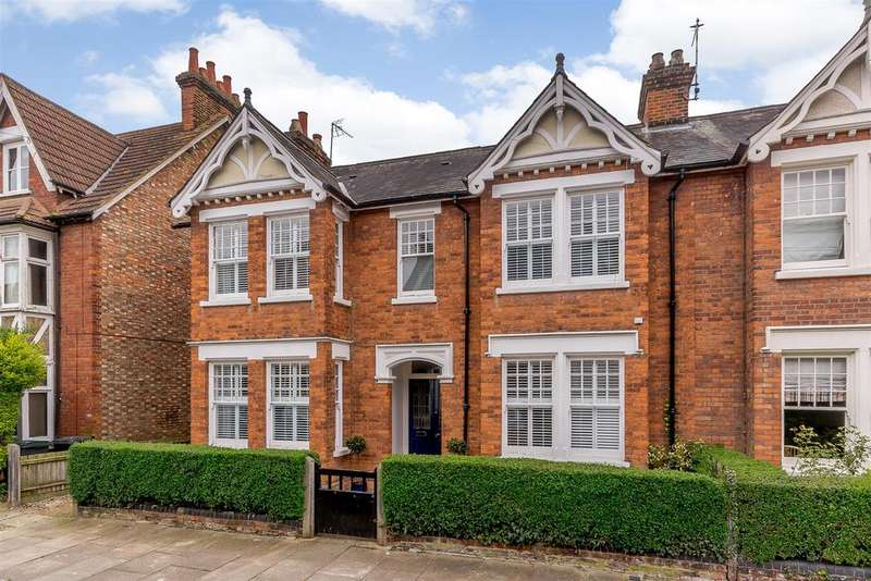 5 Bedrooms House for sale in Cornwall Road, Bedford