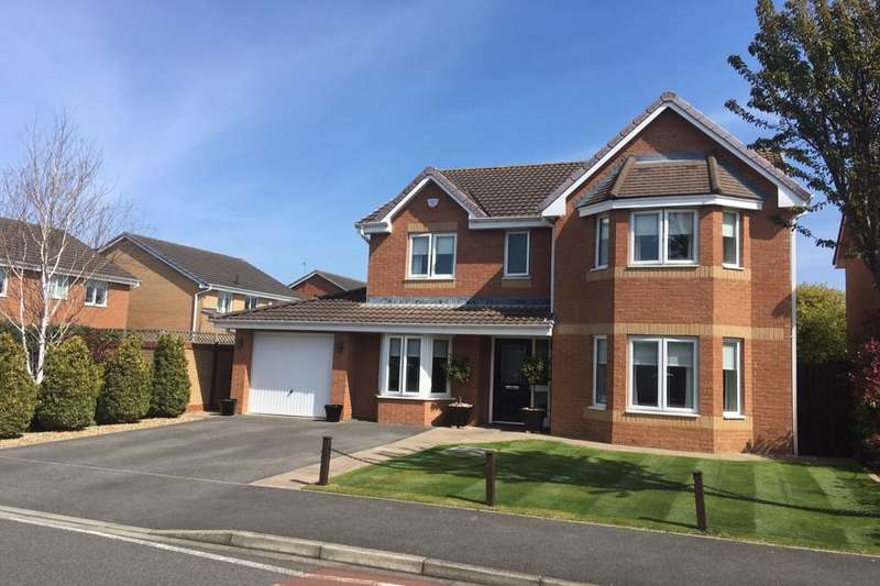 4 Bedrooms Detached House for sale in Edston Drive, Guisborough, TS14