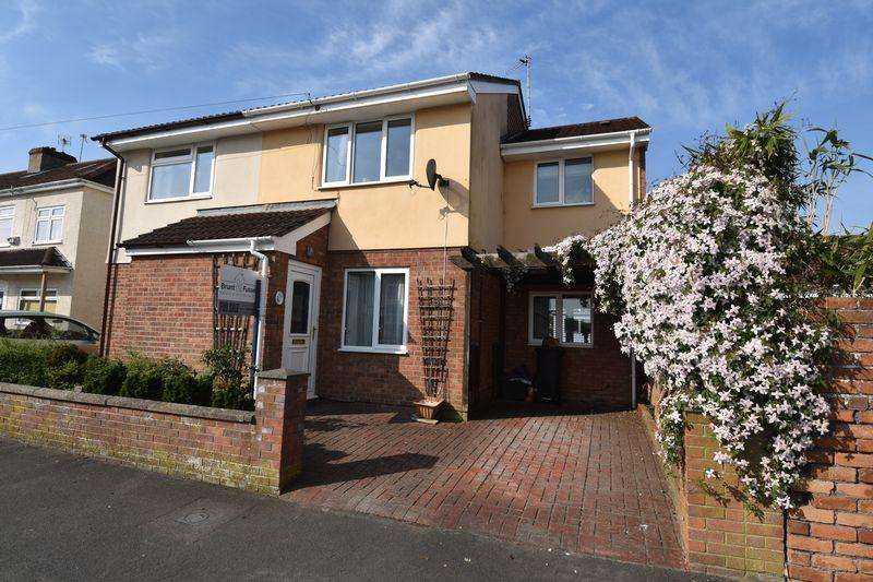 3 Bedrooms Semi Detached House for sale in Crossfield Road Staple Hill
