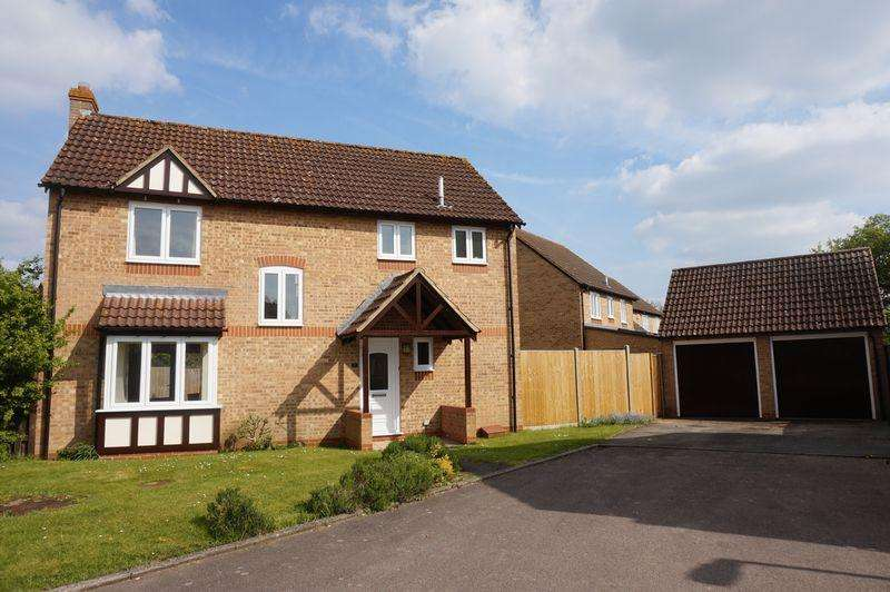 4 Bedrooms Detached House for sale in Hurford Drive, Thatcham