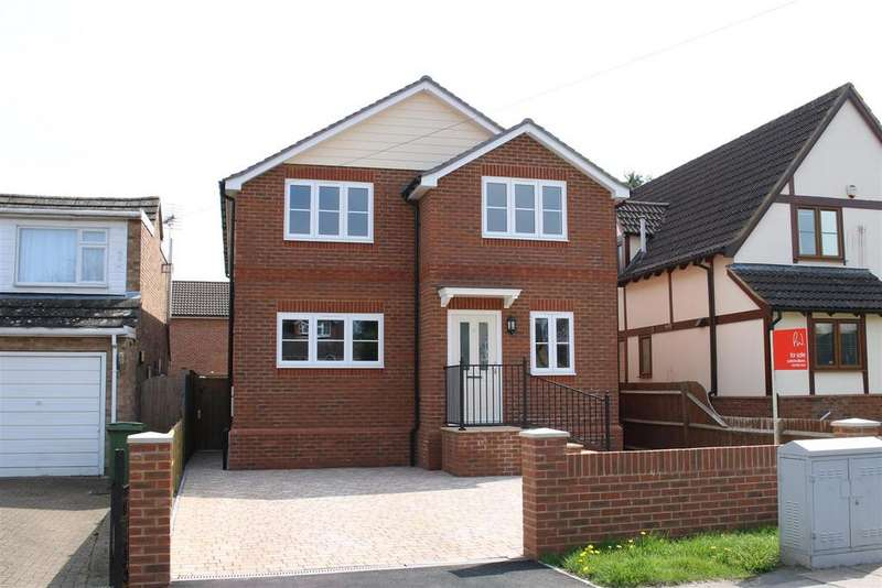4 Bedrooms Detached House for sale in Colyton Way, Purley On Thames, Reading