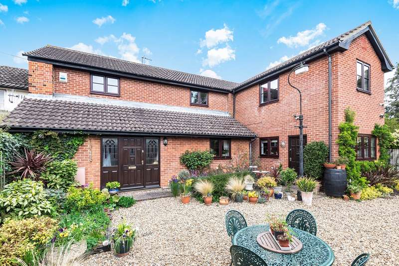 4 Bedrooms Detached House for sale in Arlesey Road, Ickleford, Hitchin, SG5