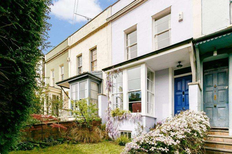 3 Bedrooms Terraced House for sale in Cobourg Road, Bristol