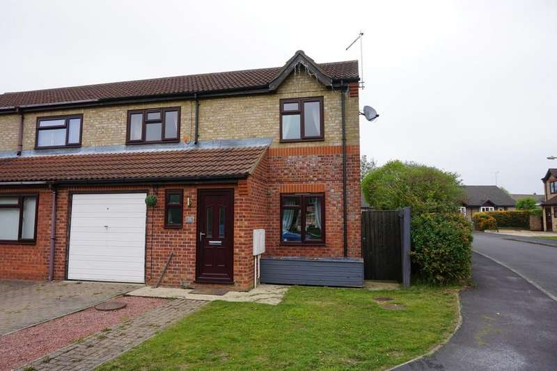 3 Bedrooms Semi Detached House for sale in Saxon Way, Horncastle
