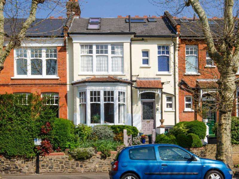 5 Bedrooms Terraced House for sale in Grand Avenue, N10