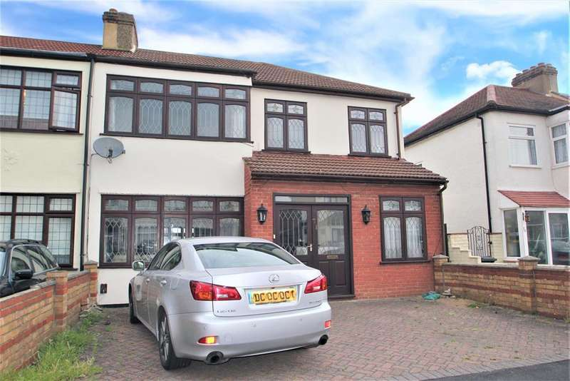 4 Bedrooms End Of Terrace House for sale in Riversdale Road , Collier Row , Romford Essex, RM5 2NR