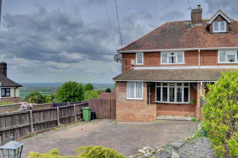 3 Bedrooms Semi Detached House for sale in Loosley Hill, Loosley Row