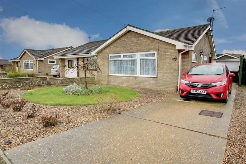 2 Bedrooms Semi Detached Bungalow for sale in Medina Gardens, Mablethorpe