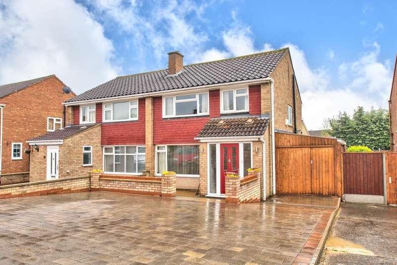 3 Bedrooms Semi Detached House for sale in Stancliffe Road, Putnoe, Bedford, MK41 9AP