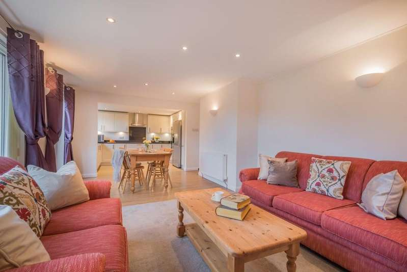 4 Bedrooms Detached House for sale in Warton, Lancashire