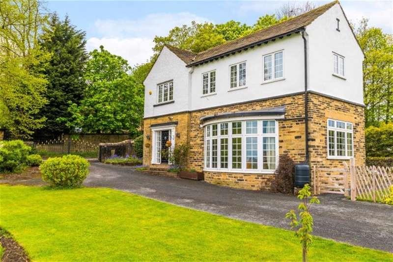 5 Bedrooms Detached House for sale in Priesthorpe Road, Farsley, Leeds, LS28