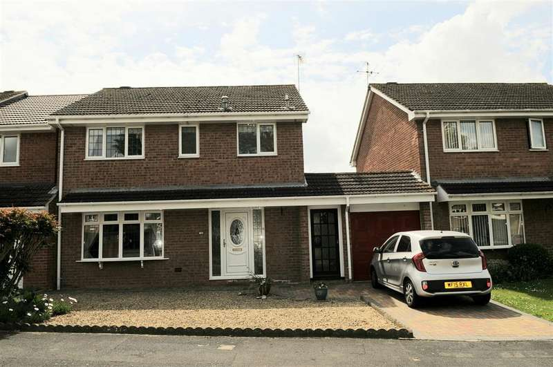 4 Bedrooms Detached House for sale in The Keep, North Common, Bristol, BS30 8YQ