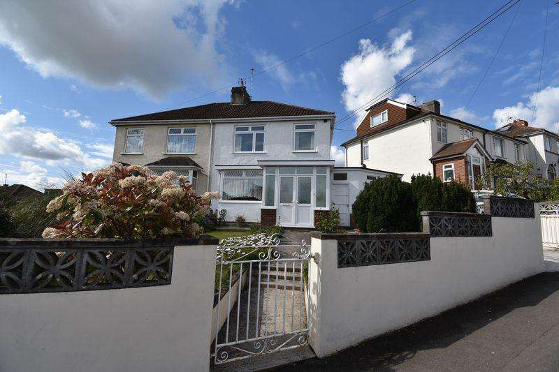 3 Bedrooms Semi Detached House for sale in Middle Road Kingswood