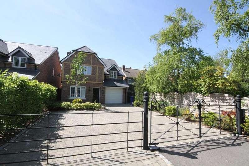 4 Bedrooms Detached House for sale in Burchetts Green, BURCHETTS GREEN, SL6