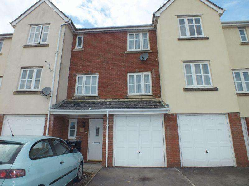 3 Bedrooms Terraced House for sale in Lakeside Way, Nantyglo
