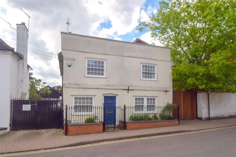 3 Bedrooms Detached House for sale in High Street, Burnham, SL1