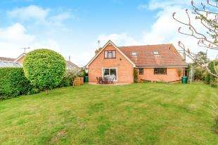 5 Bedrooms Detached House for sale in Ladyclose Avenue, Cliffe Woods, Rochester, Kent