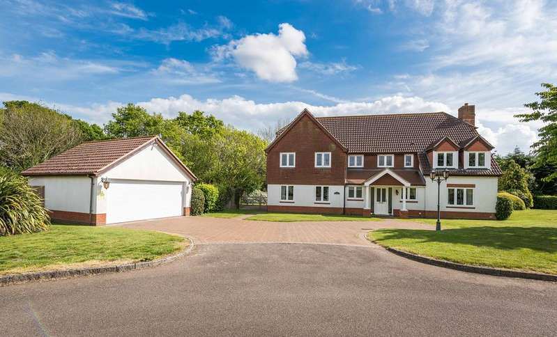 5 Bedrooms Detached House for sale in Skylark Meadows, Whiteley, Fareham PO15