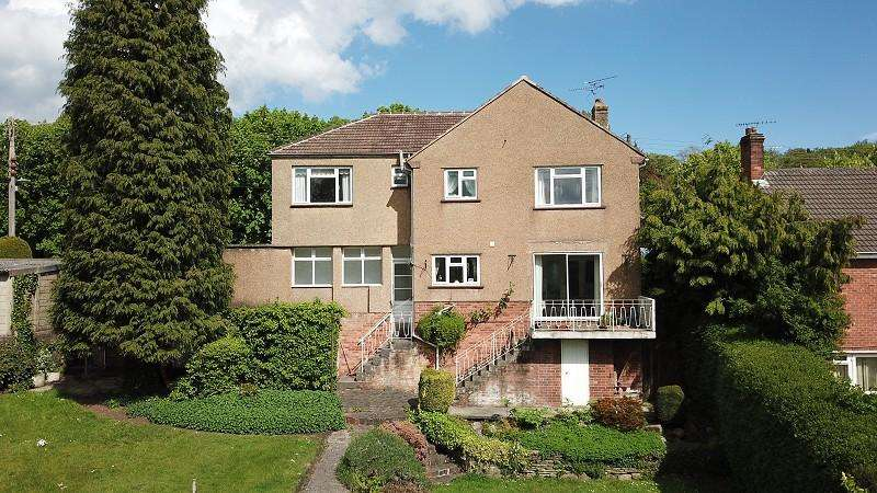 4 Bedrooms Detached House for sale in Ruspidge Road, Cinderford, Gloucestershire. GL14 3AD