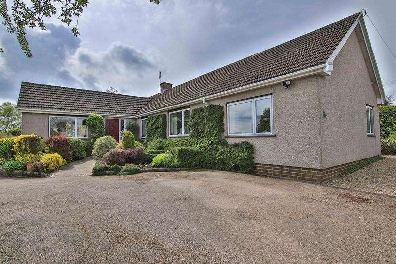 4 Bedrooms Detached Bungalow for sale in Bryn-Y-Gwenin, Abergavenny