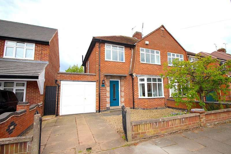 3 Bedrooms Semi Detached House for sale in Highgate Drive, West Knighton