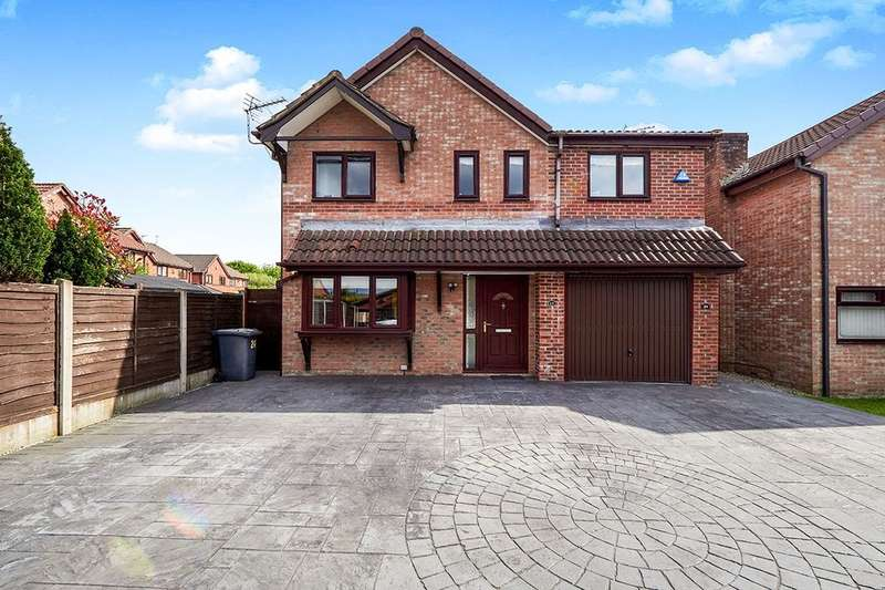 4 Bedrooms Detached House for sale in Kenilworth Close, Radcliffe, Manchester, M26