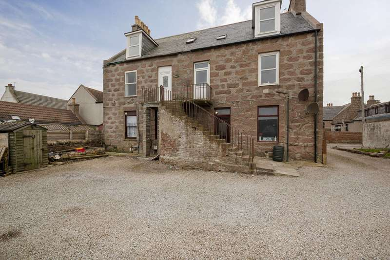 2 Bedrooms Flat for sale in Gordon Street, Boddam, Peterhead, AB42 3AY