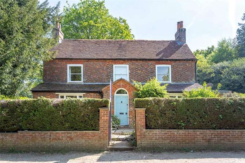 4 Bedrooms Unique Property for rent in Woolhampton Hill, Upper Woolhampton, Reading, Berkshire, RG7
