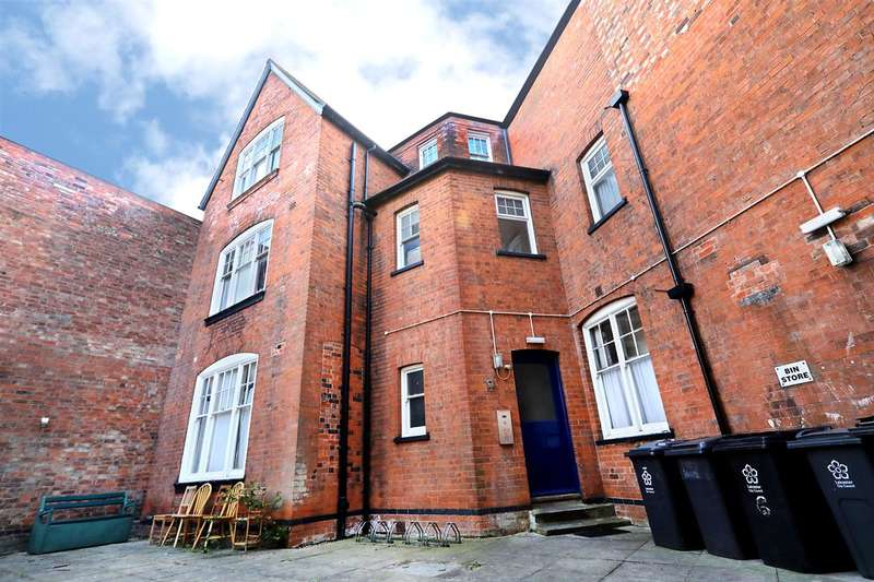 9 Bedrooms Apartment Flat for sale in St Albans Road, Leicester