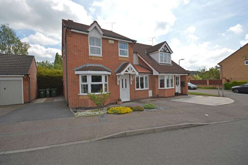 3 Bedrooms Semi Detached House for sale in Coales Avenue, Whetstone, Leicester, LE8