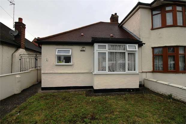 2 Bedrooms Semi Detached Bungalow for sale in Abbey Road, Waltham Cross, Hertfordshire