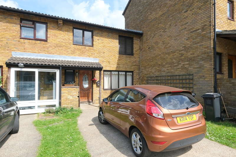 3 Bedrooms Terraced House for sale in Melrose Close, Lee, London