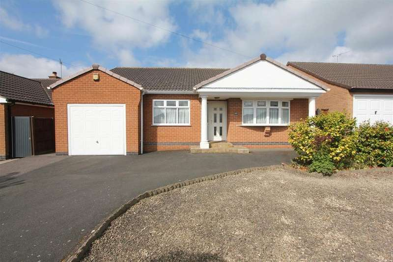 2 Bedrooms Detached Bungalow for sale in De La Bere Crescent, Burbage