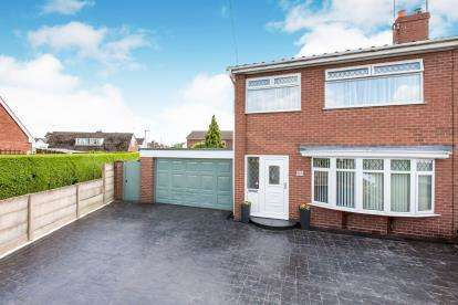 3 Bedrooms Semi Detached House for sale in Bradeley Road, Haslington, Crewe, Cheshire