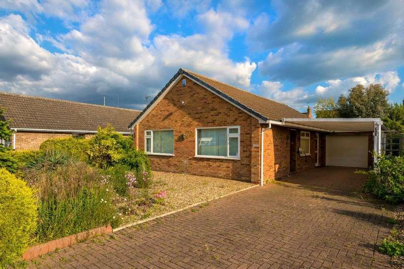 3 Bedrooms Detached Bungalow for sale in Saxon Way, Bourne, PE10