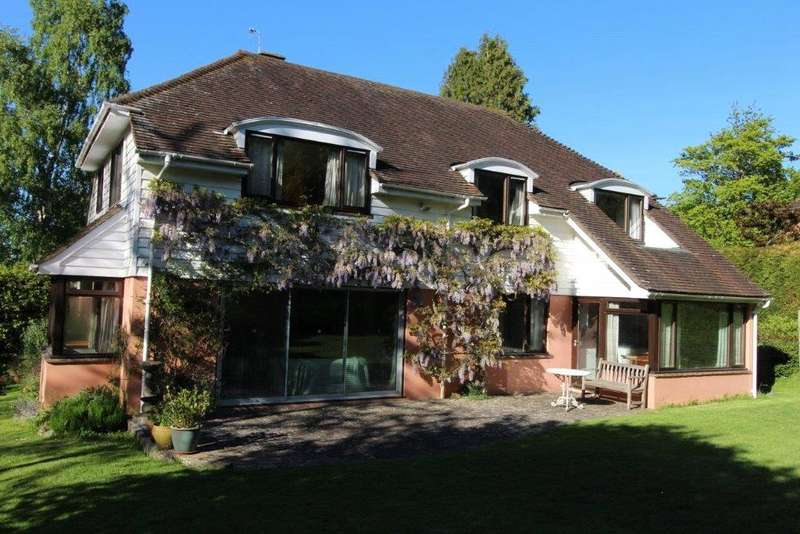 4 Bedrooms Detached House for sale in Ashdown Road, Forest Row, East Sussex, RH18