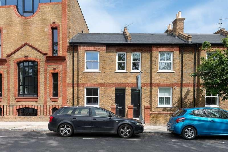 4 Bedrooms Terraced House for sale in Cabul Road, Battersea, London, SW11