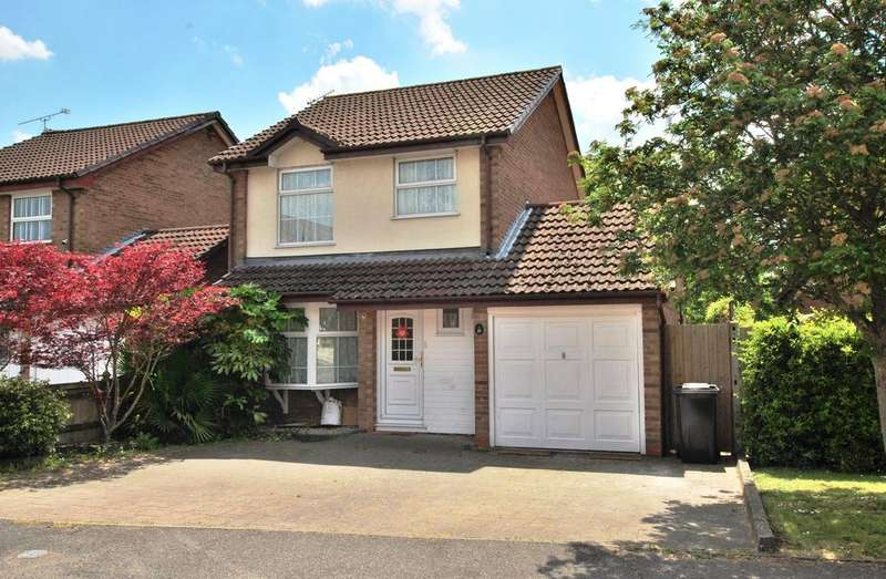 3 Bedrooms Detached House for sale in Delafield Drive, Calcot, Reading, RG31 7EB