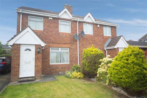 3 Bedrooms Semi Detached House for sale in Glenwood Court, Lisburn, County Antrim