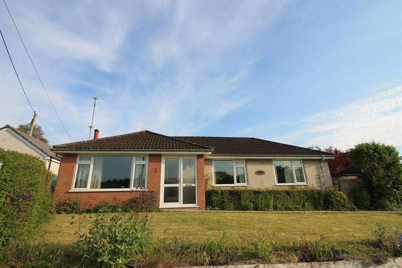 3 Bedrooms Detached Bungalow for sale in Wrington Road, Congresbury, North Somerset, BS49 5AN