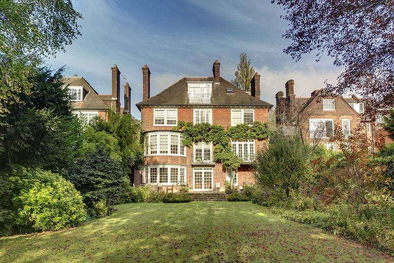 7 Bedrooms Detached House for sale in REDINGTON ROAD, HAMPSTEAD NW3