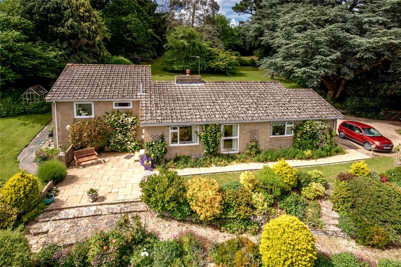 3 Bedrooms Detached Bungalow for sale in Clayhanger, Chard, Somerset, TA20