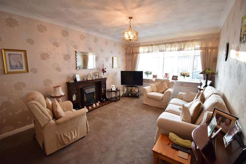 2 Bedrooms Semi Detached Bungalow for sale in Pennyman Way, Stainton, Middlesbrough, TS8 9BL