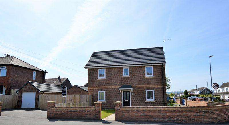 3 Bedrooms Semi Detached House for sale in Talbot Road, Hyde