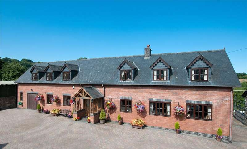 4 Bedrooms Barn Conversion Character Property for sale in Llanidloes Road, Newtown, Powys