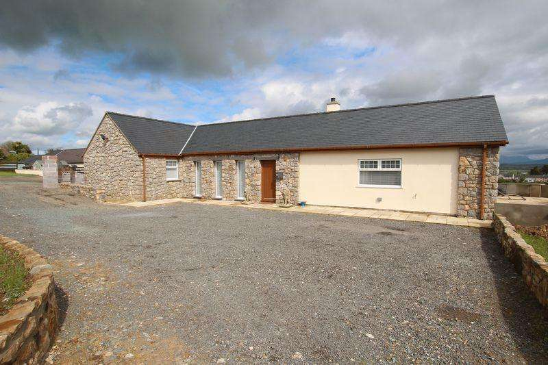 3 Bedrooms Barn Conversion Character Property for sale in Malltraeth, Bodorgan, Anglesey
