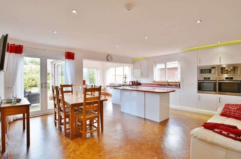 2 Bedrooms Property for sale in Rusper Drive, Moor Row