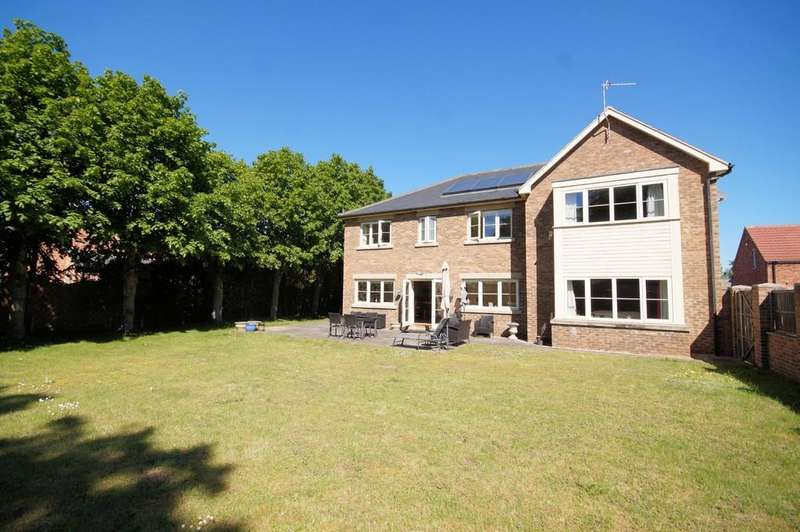 5 Bedrooms Detached House for sale in Foxes Lane, Lincoln