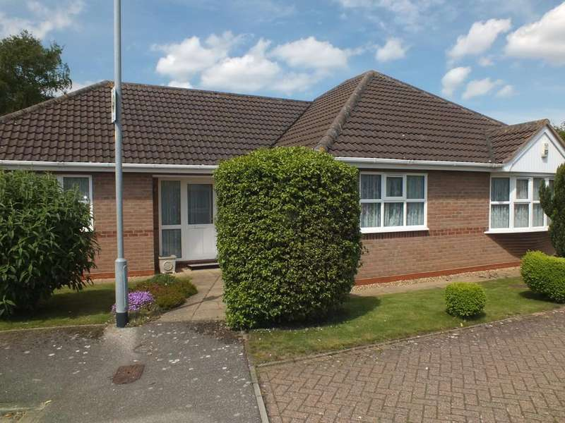 3 Bedrooms Detached Bungalow for sale in The Hawthorns, Pinchbeck